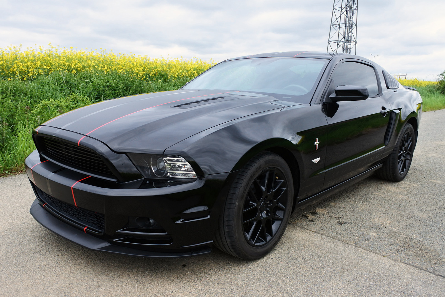 ford mustang v6 3 7 custom 2014 2014 na prodej inzer t bazar zaj mav ch aut autofrc. Black Bedroom Furniture Sets. Home Design Ideas